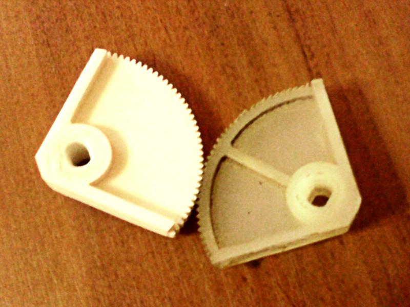 Шестерня привода инкубатора